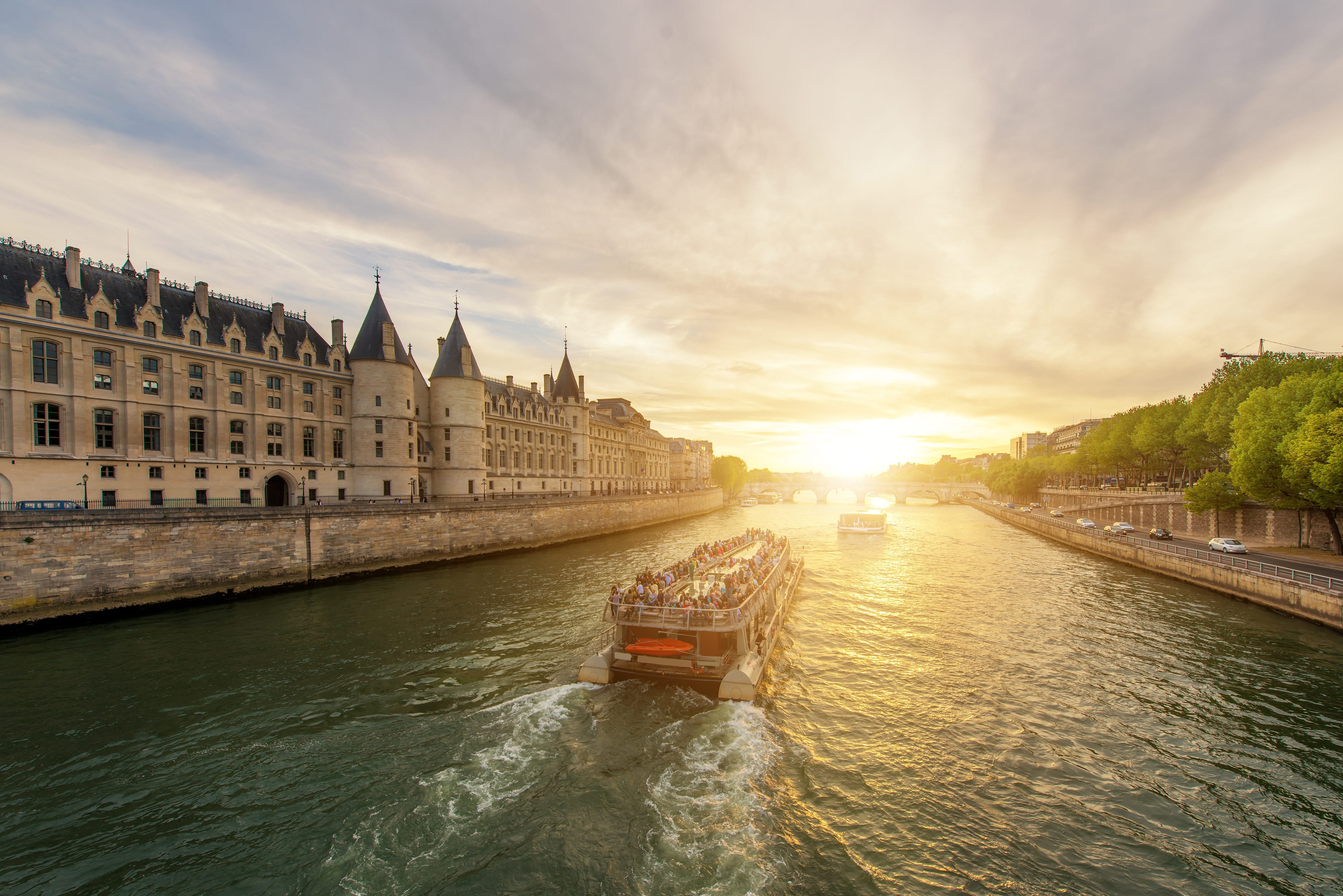 Learn Why You Should Choose River Cruising From TPI/Scenic Cruises